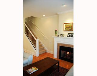 """Photo 2: 166 W 14TH Avenue in Vancouver: Mount Pleasant VW Townhouse for sale in """"HALLHAUS"""" (Vancouver West)  : MLS®# V811944"""