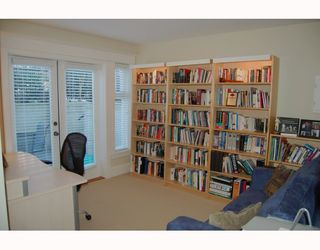 """Photo 8: 166 W 14TH Avenue in Vancouver: Mount Pleasant VW Townhouse for sale in """"HALLHAUS"""" (Vancouver West)  : MLS®# V811944"""
