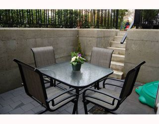 """Photo 10: 166 W 14TH Avenue in Vancouver: Mount Pleasant VW Townhouse for sale in """"HALLHAUS"""" (Vancouver West)  : MLS®# V811944"""