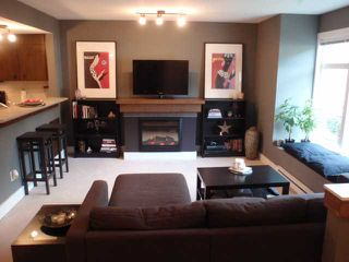 """Photo 5: 47 7428 SOUTHWYNDE Avenue in Burnaby: South Slope Townhouse for sale in """"LEDGESTONE 2"""" (Burnaby South)  : MLS®# V857929"""