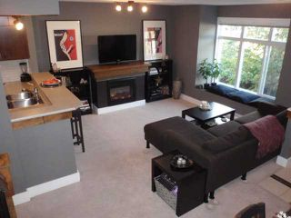 """Photo 4: 47 7428 SOUTHWYNDE Avenue in Burnaby: South Slope Townhouse for sale in """"LEDGESTONE 2"""" (Burnaby South)  : MLS®# V857929"""