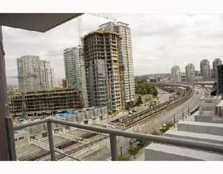 Photo 4: 708 602 CITADEL PARADE BB in Vancouver: Downtown VW Condo for sale (Vancouver West)  : MLS®# V742592