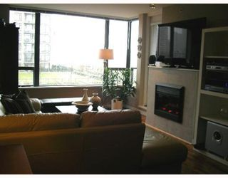 "Photo 3: 501 4182 DAWSON Street in Burnaby: Brentwood Park Condo for sale in ""TANDEM 3"" (Burnaby North)  : MLS®# V757253"