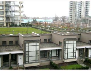 "Photo 8: 501 4182 DAWSON Street in Burnaby: Brentwood Park Condo for sale in ""TANDEM 3"" (Burnaby North)  : MLS®# V757253"