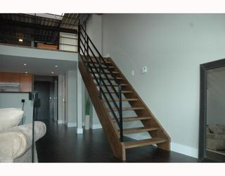 """Photo 4: 408 338 W 8TH Avenue in Vancouver: Mount Pleasant VW Condo for sale in """"LOFT 338"""" (Vancouver West)  : MLS®# V770908"""