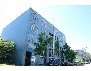 """Photo 1: 408 338 W 8TH Avenue in Vancouver: Mount Pleasant VW Condo for sale in """"LOFT 338"""" (Vancouver West)  : MLS®# V770908"""