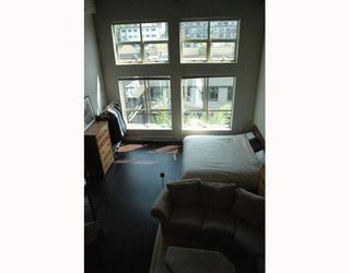 """Photo 2: 408 338 W 8TH Avenue in Vancouver: Mount Pleasant VW Condo for sale in """"LOFT 338"""" (Vancouver West)  : MLS®# V770908"""