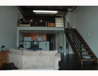 """Photo 3: 408 338 W 8TH Avenue in Vancouver: Mount Pleasant VW Condo for sale in """"LOFT 338"""" (Vancouver West)  : MLS®# V770908"""