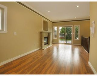 Photo 2: 5821 WOODSWORTH Street in Burnaby: Central BN House 1/2 Duplex for sale (Burnaby North)  : MLS®# V772364