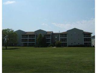 Photo 1: 70 DUNKIRK Drive in WINNIPEG: St Vital Condominium for sale (South East Winnipeg)  : MLS®# 2812498