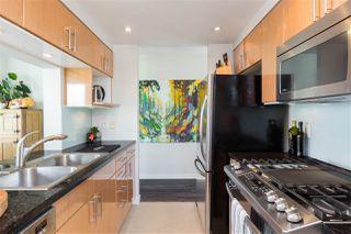 "Photo 12: 1706 193 AQUARIUS Mews in Vancouver: Yaletown Condo for sale in ""Marinaside Resort Residences"" (Vancouver West)  : MLS®# R2404326"