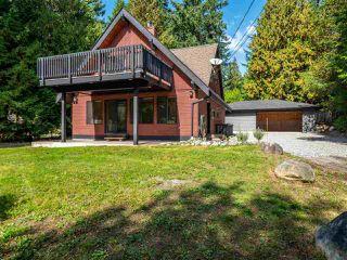 Main Photo: 8050 DOGWOOD Drive in Halfmoon Bay: Halfmn Bay Secret Cv Redroofs House for sale (Sunshine Coast)  : MLS®# R2407950
