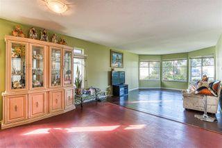 "Photo 4: 5642 SUNDALE Grove in Surrey: Cloverdale BC House for sale in ""Sunrise estates"" (Cloverdale)  : MLS®# R2411905"
