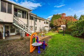 "Photo 19: 5642 SUNDALE Grove in Surrey: Cloverdale BC House for sale in ""Sunrise estates"" (Cloverdale)  : MLS®# R2411905"