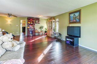 "Photo 3: 5642 SUNDALE Grove in Surrey: Cloverdale BC House for sale in ""Sunrise estates"" (Cloverdale)  : MLS®# R2411905"