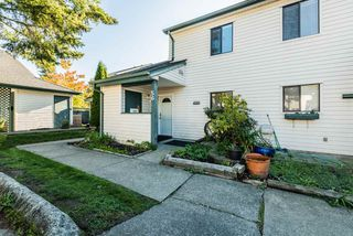 """Photo 15: 56 6641 138 Street in Surrey: East Newton Townhouse for sale in """"HYLAND CREEK ESTATES"""" : MLS®# R2412860"""