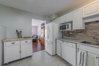 """Photo 6: 56 6641 138 Street in Surrey: East Newton Townhouse for sale in """"HYLAND CREEK ESTATES"""" : MLS®# R2412860"""