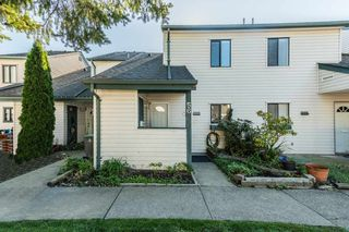 """Photo 17: 56 6641 138 Street in Surrey: East Newton Townhouse for sale in """"HYLAND CREEK ESTATES"""" : MLS®# R2412860"""