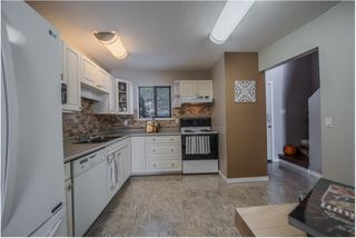 """Photo 3: 56 6641 138 Street in Surrey: East Newton Townhouse for sale in """"HYLAND CREEK ESTATES"""" : MLS®# R2412860"""