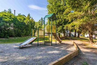 """Photo 14: 56 6641 138 Street in Surrey: East Newton Townhouse for sale in """"HYLAND CREEK ESTATES"""" : MLS®# R2412860"""