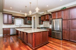 Photo 8: 2322 MARTELL Lane in Edmonton: Zone 14 House for sale : MLS®# E4188809