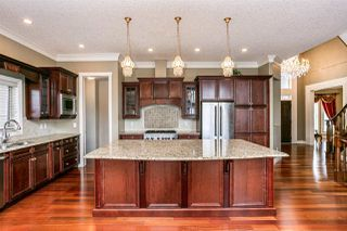 Photo 11: 2322 MARTELL Lane in Edmonton: Zone 14 House for sale : MLS®# E4188809