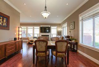 Photo 14: 390 55 Street in Delta: Pebble Hill House 1/2 Duplex for sale (Tsawwassen)  : MLS®# R2447320