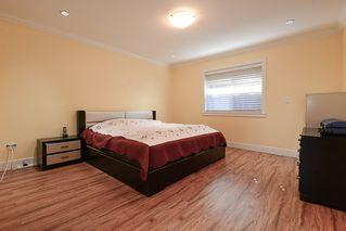 Photo 15: 390 55 Street in Delta: Pebble Hill House 1/2 Duplex for sale (Tsawwassen)  : MLS®# R2447320