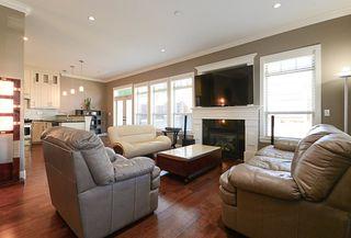 Photo 11: 390 55 Street in Delta: Pebble Hill House 1/2 Duplex for sale (Tsawwassen)  : MLS®# R2447320