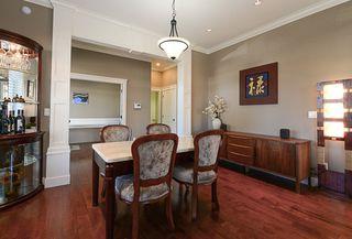 Photo 12: 390 55 Street in Delta: Pebble Hill House 1/2 Duplex for sale (Tsawwassen)  : MLS®# R2447320