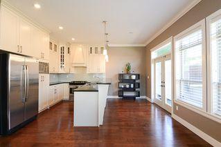 Photo 9: 390 55 Street in Delta: Pebble Hill House 1/2 Duplex for sale (Tsawwassen)  : MLS®# R2447320