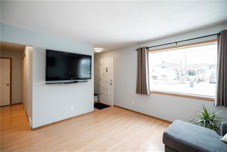 Photo 5: 30 Berens Street in Winnipeg: West Transcona Residential for sale (3L)  : MLS®# 202007610