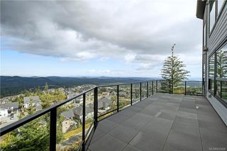 Photo 4: 2198 Navigators Rise in Langford: La Bear Mountain Single Family Detached for sale : MLS®# 832464
