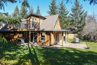 Photo 2: 70 ISLEWOOD Dr in : PQ Bowser/Deep Bay House for sale (Parksville/Qualicum)  : MLS®# 852048