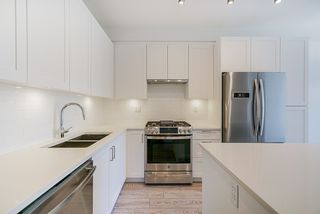 """Main Photo: 208 20673 78 Avenue in Langley: Willoughby Heights Condo for sale in """"GRAYSON"""" : MLS®# R2492006"""