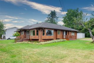 Main Photo: 1910 Galerno Rd in : CR Willow Point Single Family Detached for sale (Campbell River)  : MLS®# 856337
