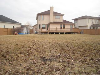 Photo 3:  in WINNIPEG: Windsor Park / Southdale / Island Lakes Residential for sale (South East Winnipeg)  : MLS®# 2950146