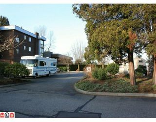 "Photo 10: 101 2279 MCCALLUM Road in Abbotsford: Central Abbotsford Condo for sale in ""ALAMEDA COURT"" : MLS®# F1001345"