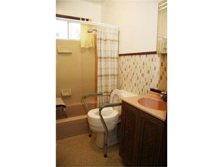 Photo 10: 1047 Garwood Avenue in WINNIPEG: Manitoba Other Residential for sale : MLS®# 1008114