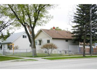 Photo 3: 1047 Garwood Avenue in WINNIPEG: Manitoba Other Residential for sale : MLS®# 1008114