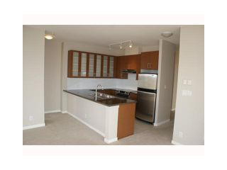 """Photo 3: 2603 2355 MADISON Avenue in Burnaby: Brentwood Park Condo for sale in """"OMA 1"""" (Burnaby North)  : MLS®# V832301"""