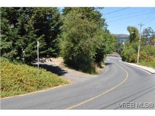 Photo 12: 1026 Greenridge Crescent in VICTORIA: SE Quadra Single Family Detached for sale (Saanich East)  : MLS®# 282164