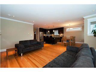 Photo 3: 3243 GRAVELEY Street in Vancouver: Renfrew VE House for sale (Vancouver East)  : MLS®# V852486