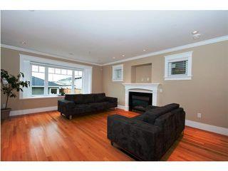 Photo 2: 3243 GRAVELEY Street in Vancouver: Renfrew VE House for sale (Vancouver East)  : MLS®# V852486