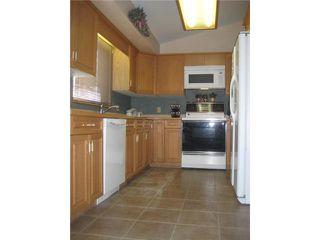 Photo 3: 17 RIVERSTONE Road in WINNIPEG: West Kildonan / Garden City Residential for sale (North West Winnipeg)  : MLS®# 1021875