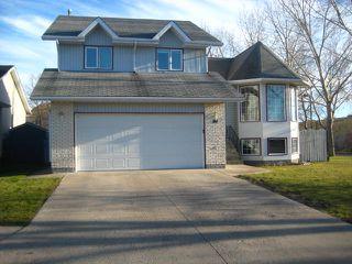 Photo 2: 17 RIVERSTONE Road in WINNIPEG: West Kildonan / Garden City Residential for sale (North West Winnipeg)  : MLS®# 1021875