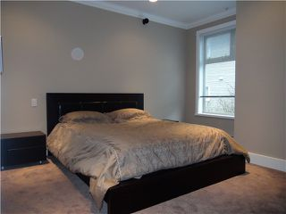"Photo 7: 203 118 W 22ND Street in North Vancouver: Central Lonsdale Condo for sale in ""THE SENTRY"" : MLS®# V868401"