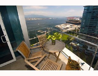 Photo 4: 2003 1233 W CORDOVA Street in Vancouver: Coal Harbour Condo for sale (Vancouver West)  : MLS®# V727596