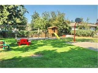 Photo 9:  in VICTORIA: La Langford Proper Row/Townhouse for sale (Langford)  : MLS®# 463608