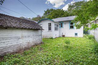 Photo 4: 1060 McMillan Avenue in Winnipeg: Residential for sale (1B)  : MLS®# 1918138